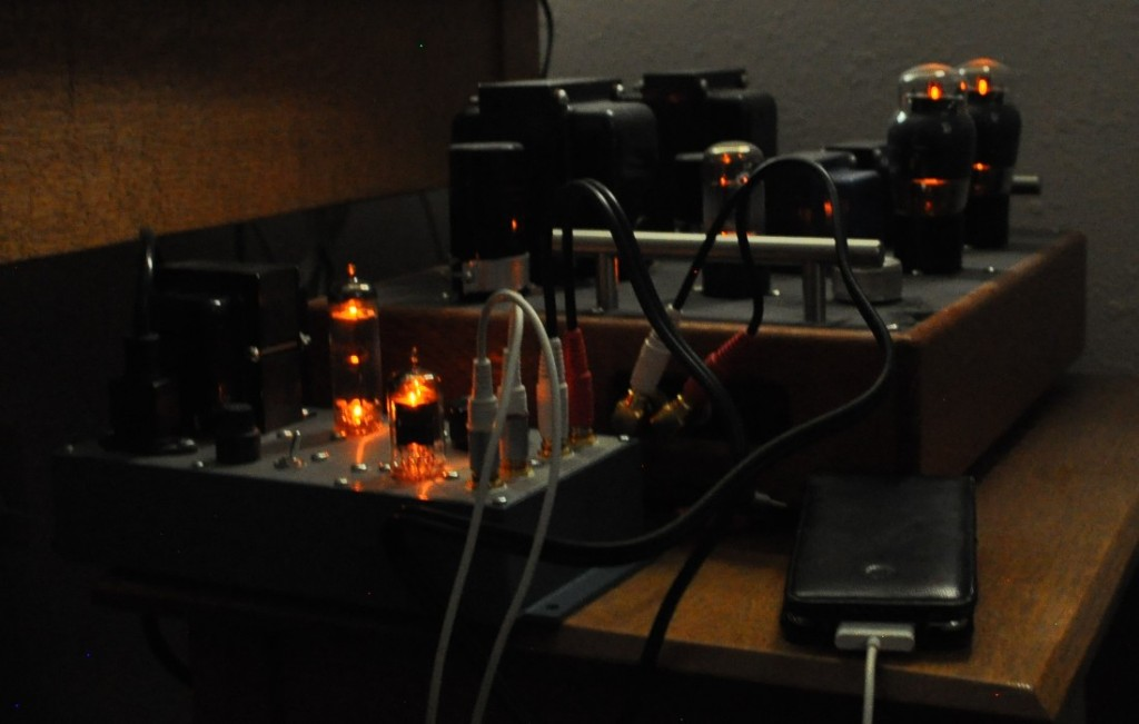 4S Preamp Tube Glow